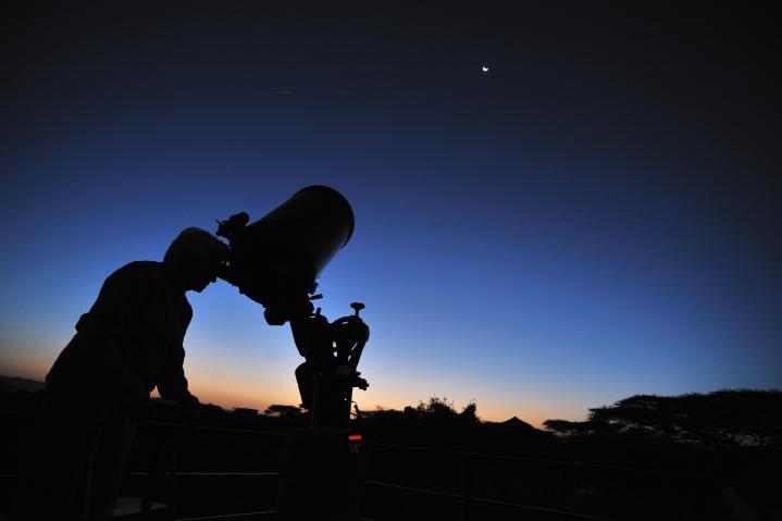 De la piste aux étoiles, safari & stage d'astronomie